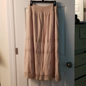 Dress Barn lace trimed skirt